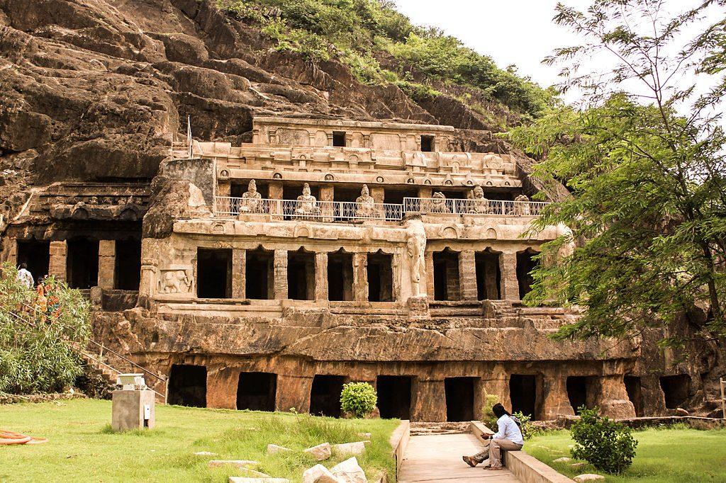 Undavalli-Caves