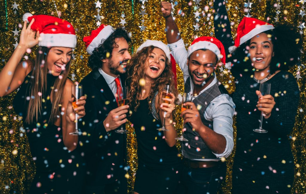 Christmas Party Outfits That Will Make You Stand Out Travel Earth