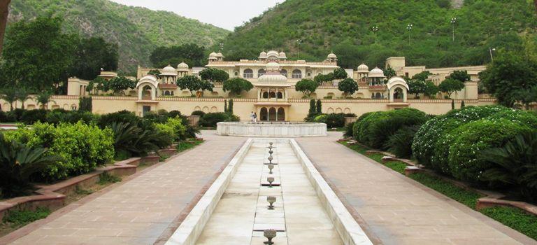 Sisodia-Rani-Garden