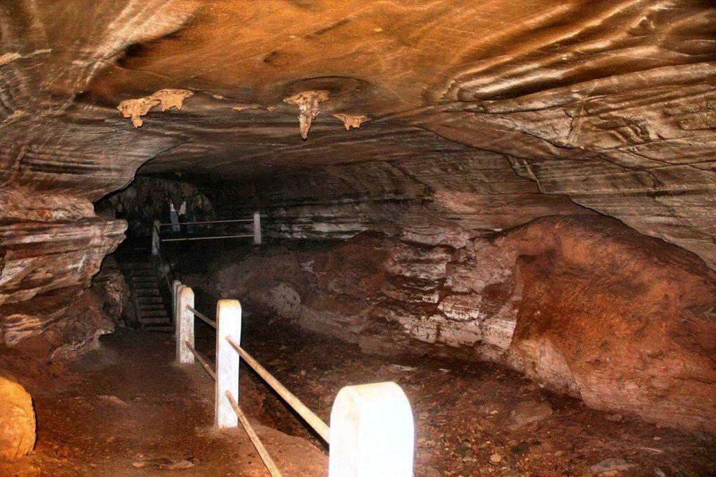 Kutumsar Cave, Bastar, Chattisgarh