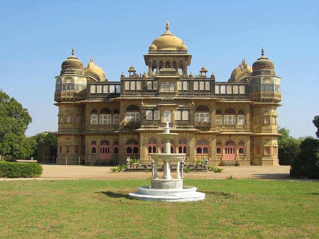 Vijaya Vilas Palace, Palaces in India