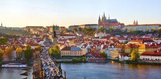 Prague Charles-Bridge-View