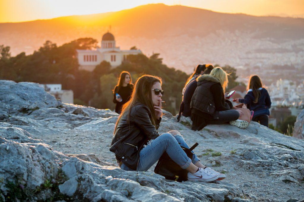 Smoking greece travel tips