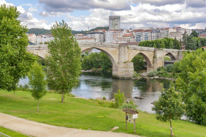Roman bridge over Minno river in Ourense