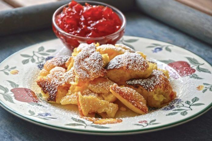 Kaiserschmarrn german austrian pancake