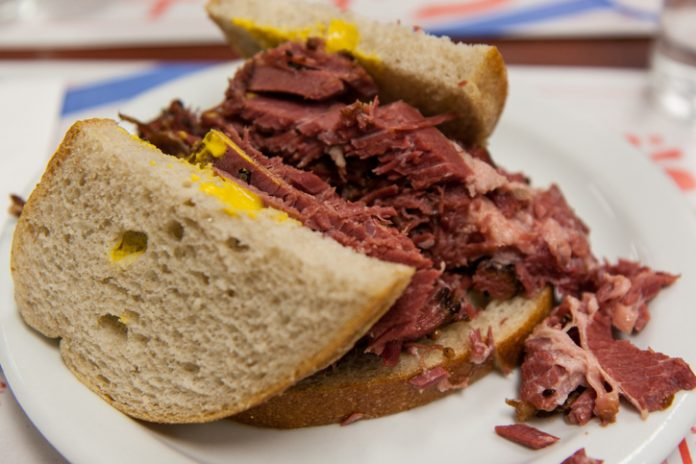 Montreal-smoked-meat