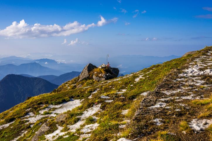 Views from Khaliya top of the Panchachuli and Nanda devi range, Khaliya Bugyal is an alpine meadow located in Munsyari, Distict Pithoragarh Uttarakhand.