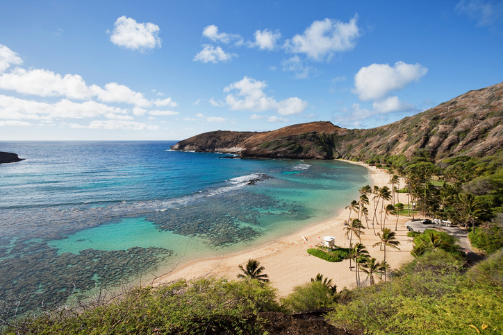 hanauma bay one of the best snorkelling spots of the island of Oahu.
