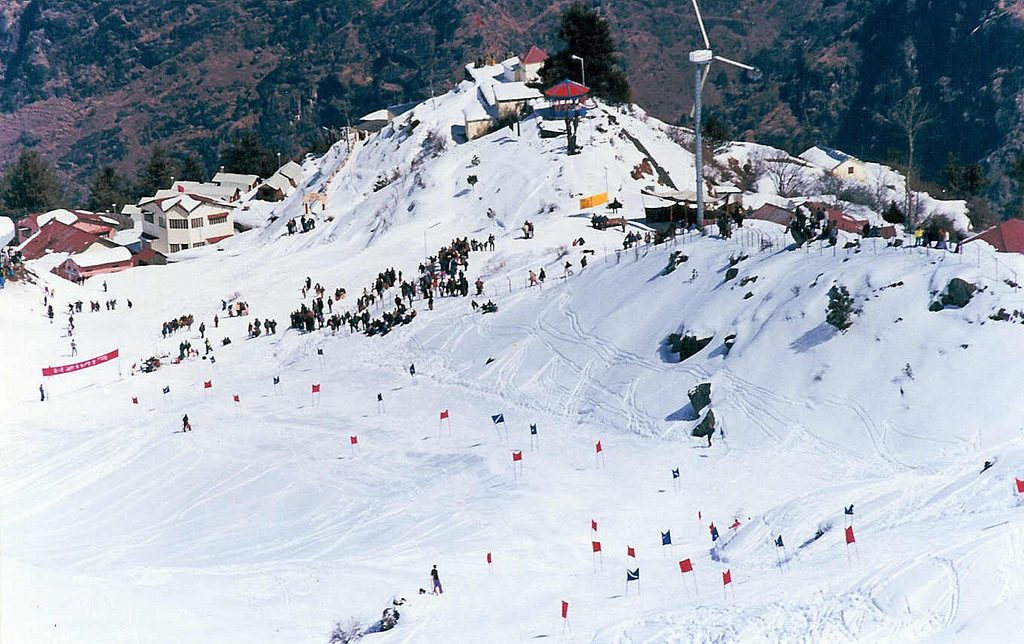 adventure sports in india skiing