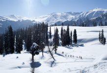 Beautiful Skiing Resort of Gulmarg in Kashmir - India