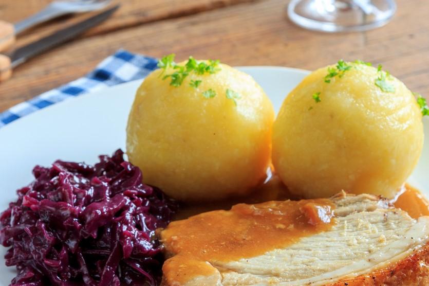 Kartoffelknödel with Schweinsbraten