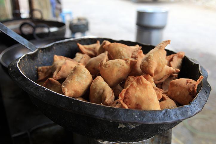 street food in delhi Samosas