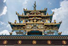 Zangdog Palri Golden temple of Namdroling Buddhist Monastery, Coorg India