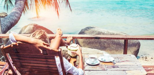 millennials travelling summer internship
