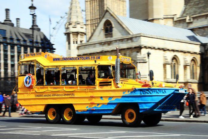 London Duck Tour amphibious DUCW vehicle
