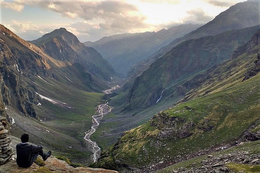 Rupin Valley, Rupin Pass