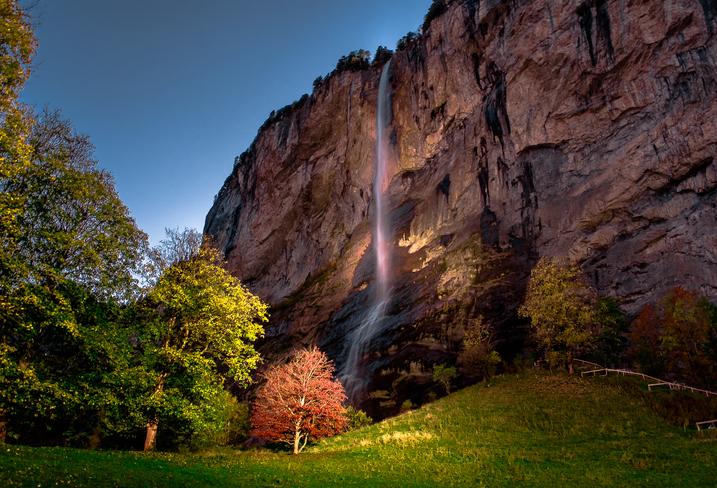 Lauterbrunen, Staubbach Falls, watterfall
