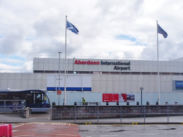 Aberdeen airport therapy dogs