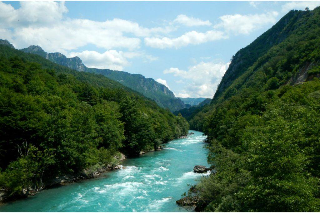 Bosnia and Herzegovina, Yugoslavia, Travel Guide