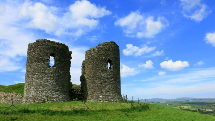 Harry Avery's Castle Newtownstewart