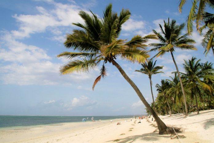 Mombasa beach visit kenya