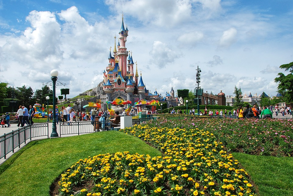 disneyland-paris-france-castle