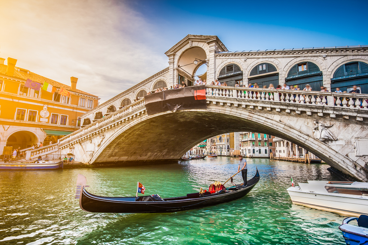visitors forced to leave Venice