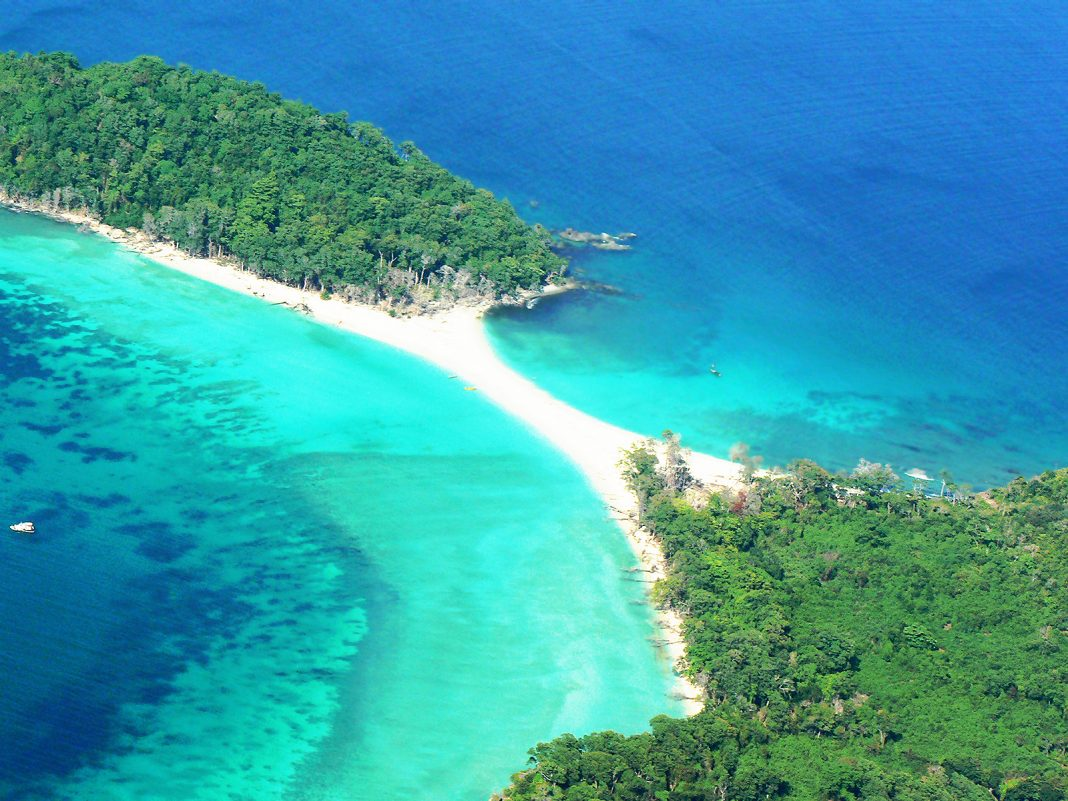 Cinque Island is famous for underwater diving and other activities like camping, game fishing, scuba diving and snorkeling. The island is 26 Km away from Port Blair in Andaman and Nicobar Islands, India.