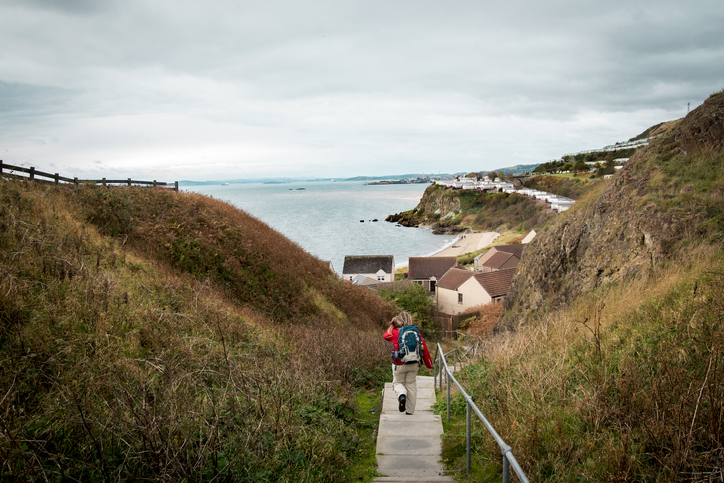 An afternoon walk at the fife coastal path, tay county