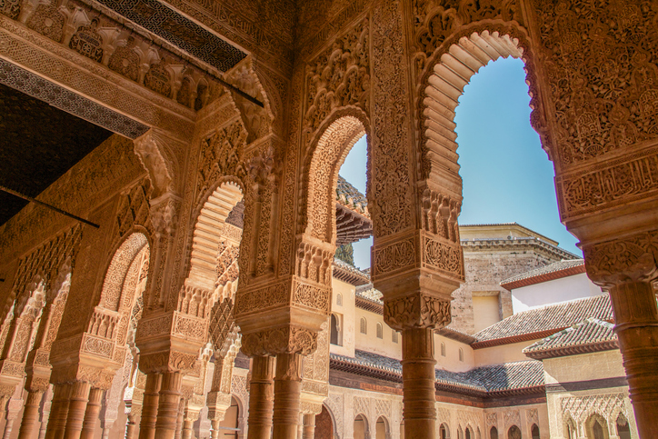 Alhambra columns around the Court of Lions