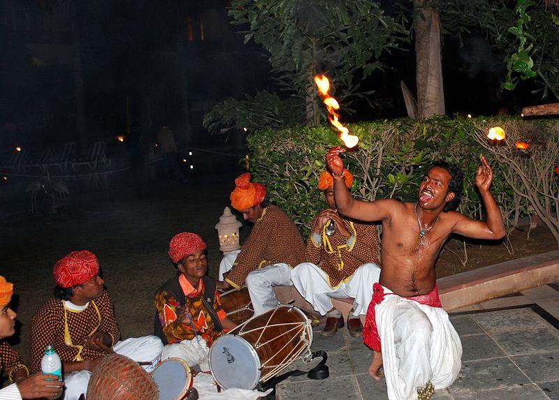 Folk dances of Rajasthan, The Fire Dance