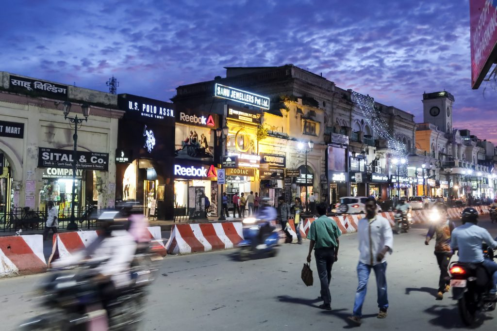 Hazratganj shopping center, a must-do in Lucknow