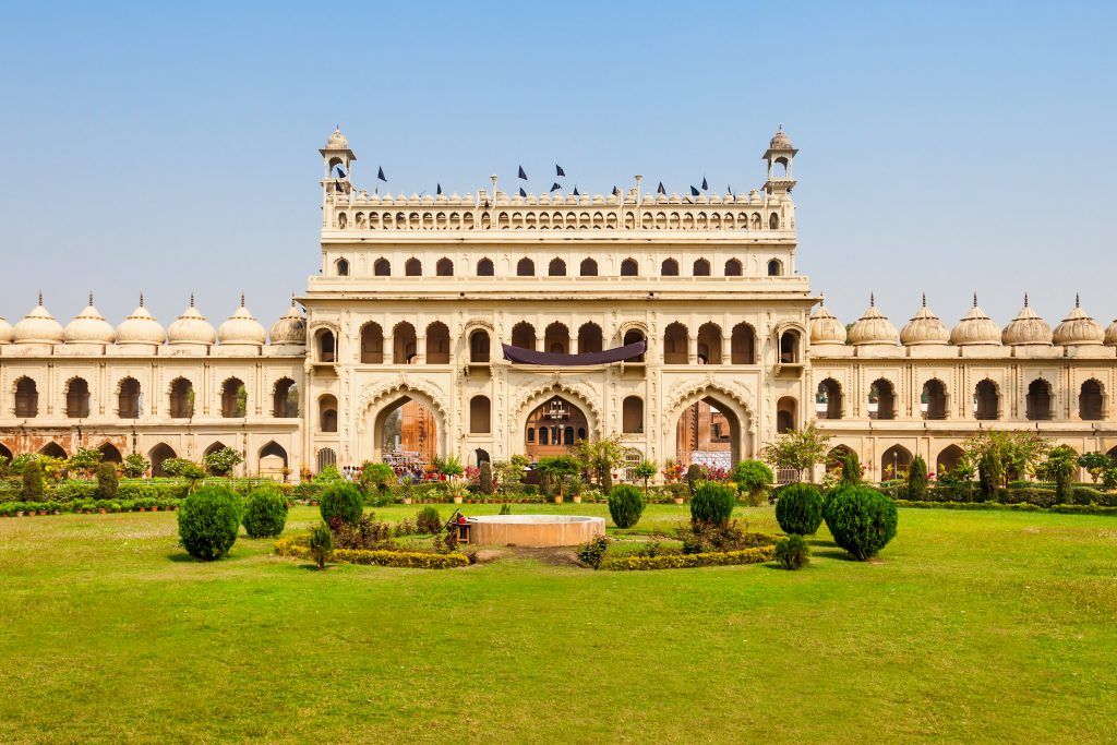 Bara Imambara, places to see in Lucknow