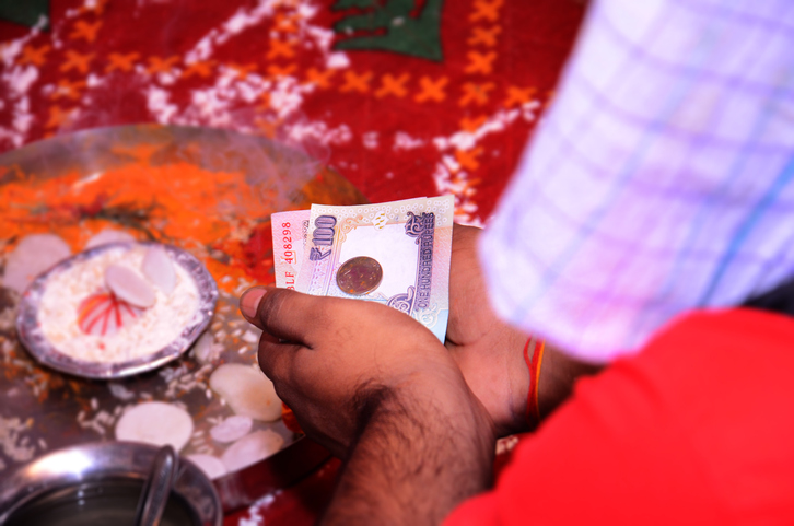 Giving cash on any occasion, superstitions in india