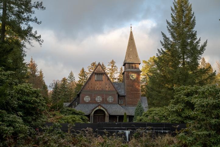 Winden Kilisesi ve Mezarlığı: Mezarlık Şapeli, Südwestkirchhof Stahnsdorf