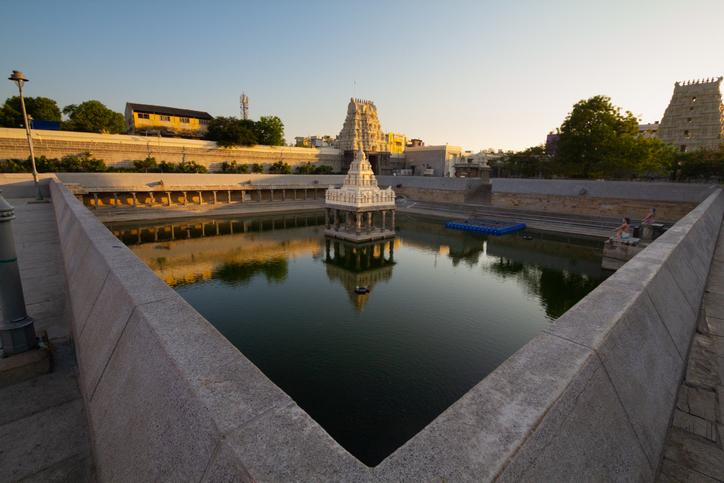 The Kamakshi Amman Temple, temples in Kanchipuram