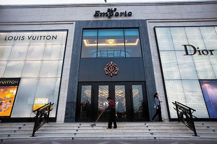 malls in delhi, DLF Emporio