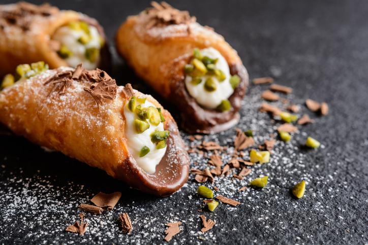 Cannoli- desserts in italy