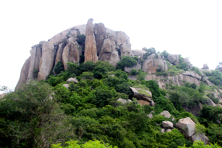 Interesting rock formation on hill at Ramagiri near Ramanagara, Karnataka, India, Asia