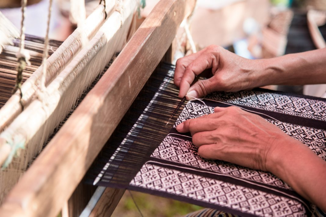 traditional crafts of india