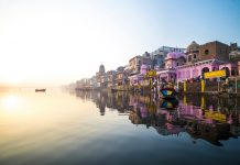 Varanasi- oldest cities in the world