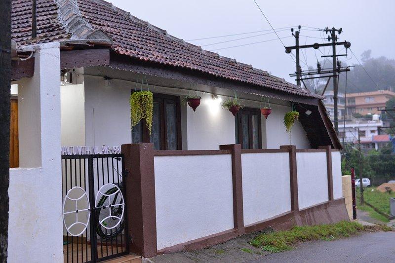 Agasthya Homestay, cheap homestays in Madikeri